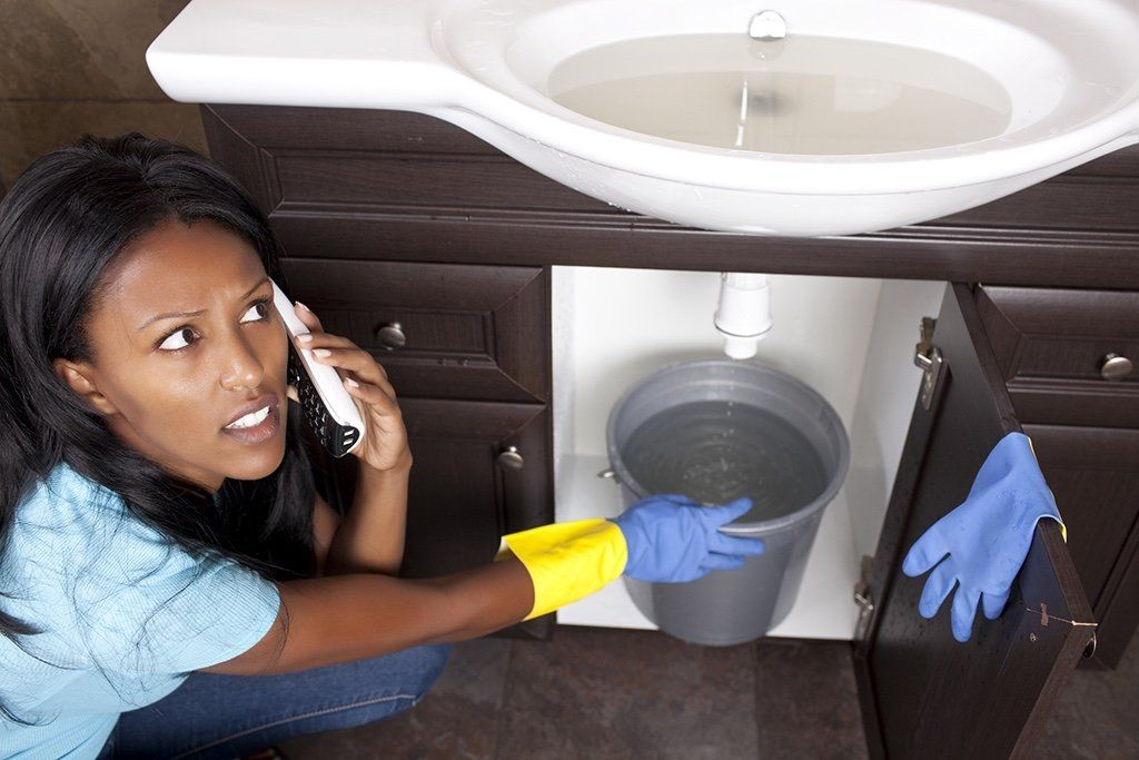 Sometimes You Have No Choice but to Call for an Emergency Plumber | Tustin, CA