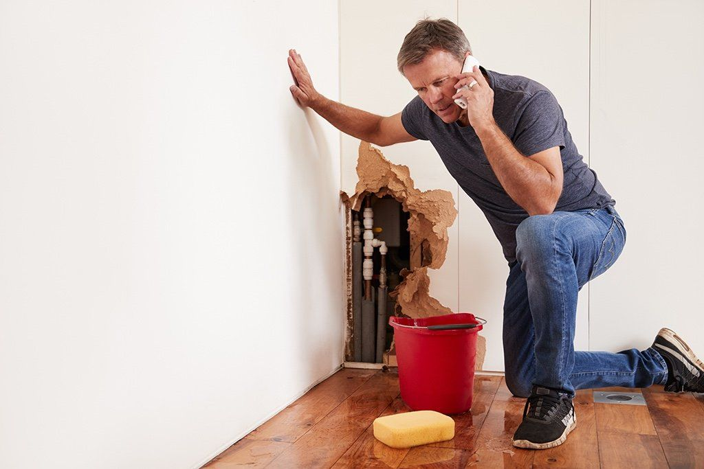 Why Should You Hire a Plumber Rather Than DIY? | Santa Ana, CA