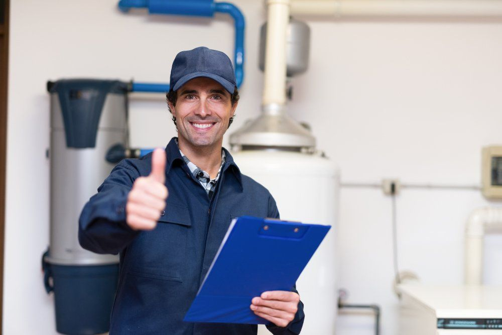 Differences Between a Tankless Water Heater and a Conventional Water Heater