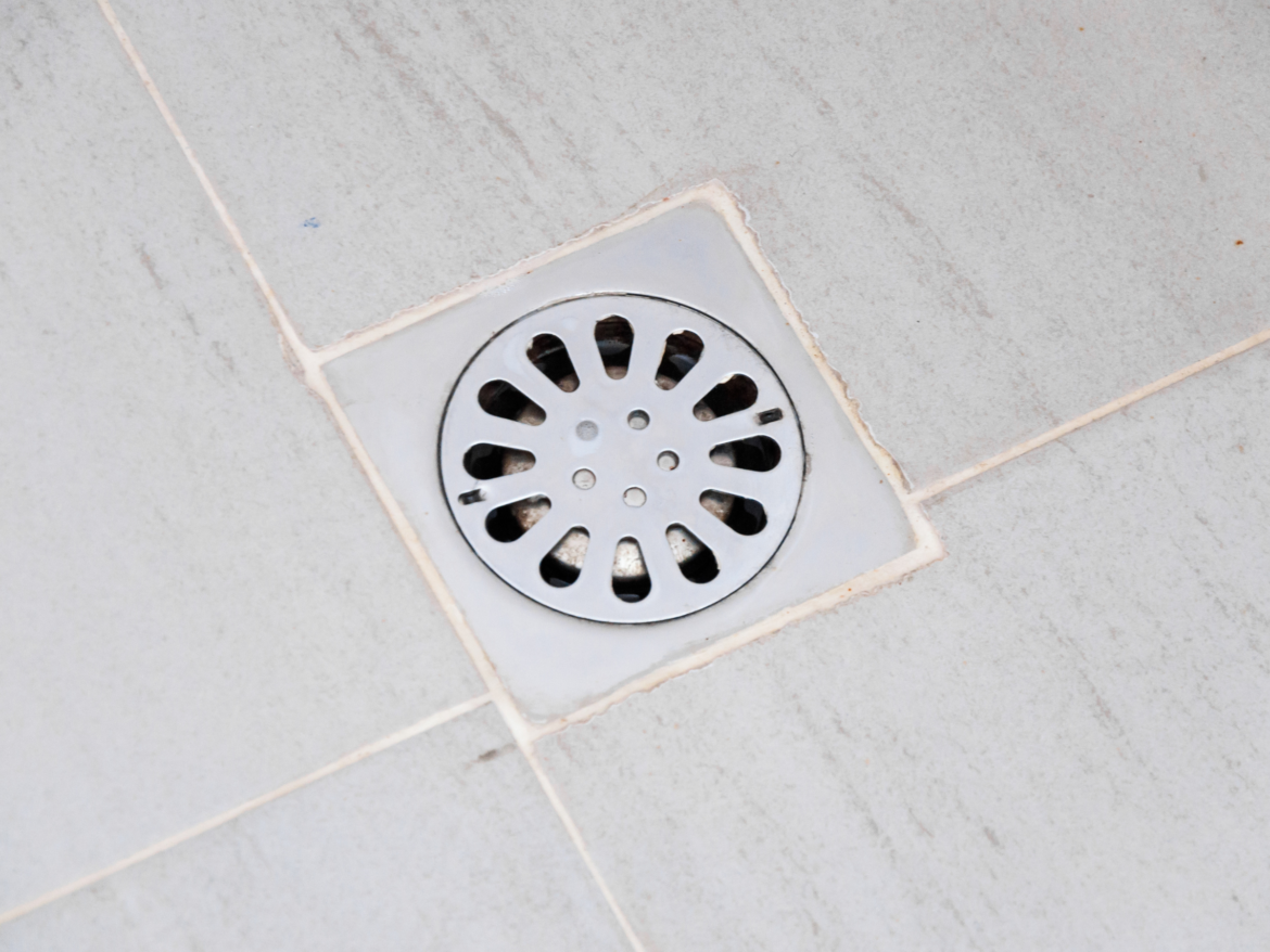 Unclogging a Shower Drain: Plumbing Tips