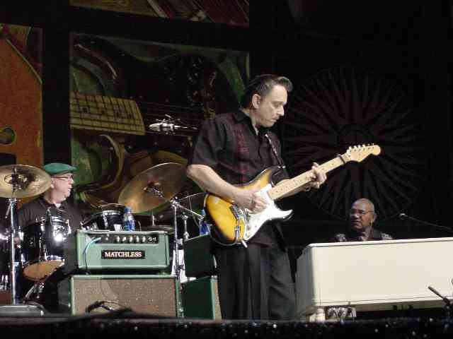 Jimmie Vaughan and band