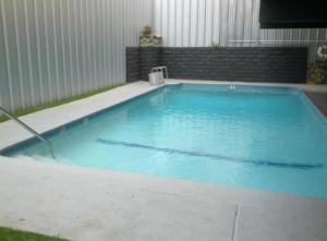 shelter hotel pool