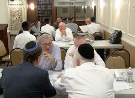 Rabbi-Gradon-&-Tables-Learning