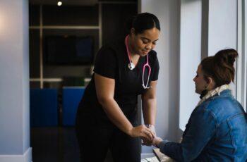 Olinda abre seleção simplificada para área de saúde 2021 com 78 vagas.