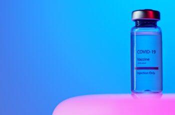 Olinda amplia para 40 anos agendamento de vacinação contra Covid-19.