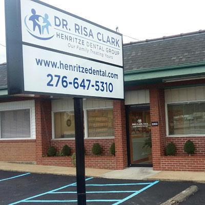 Collinsville Henritze dental group office