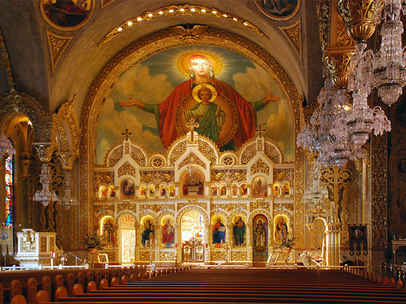The sanctuary of St. Sophia Greek Orthodox Cathedral in Los Angeles, California.  Photo courtesy of Creative Commons/Floyd B. Bariscale