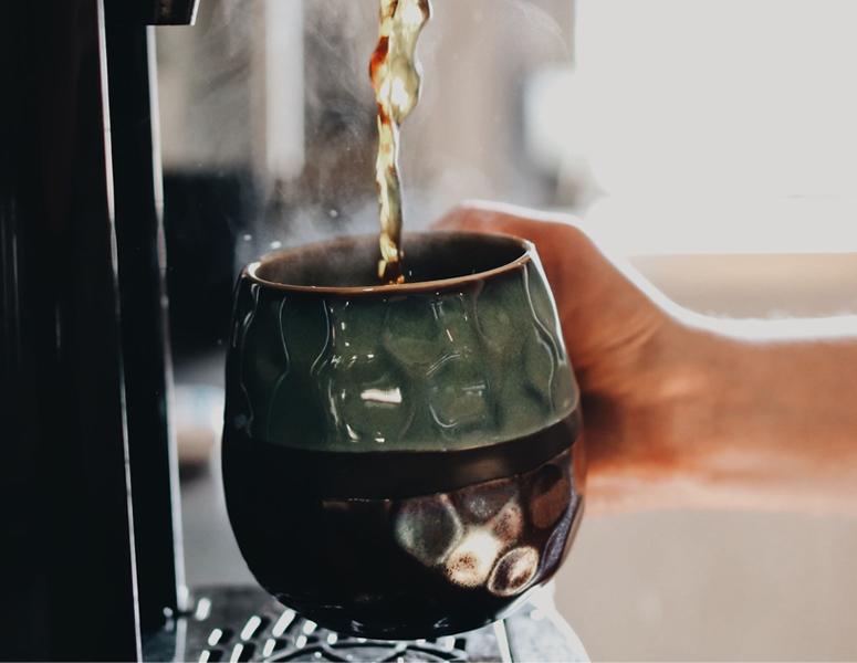Coffee Pour Diamond Springs