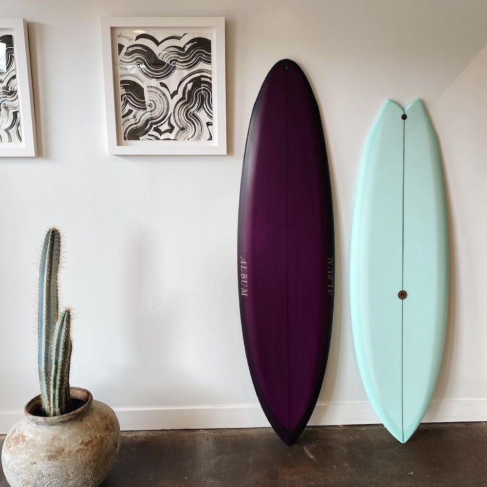 Album Surf showroom
