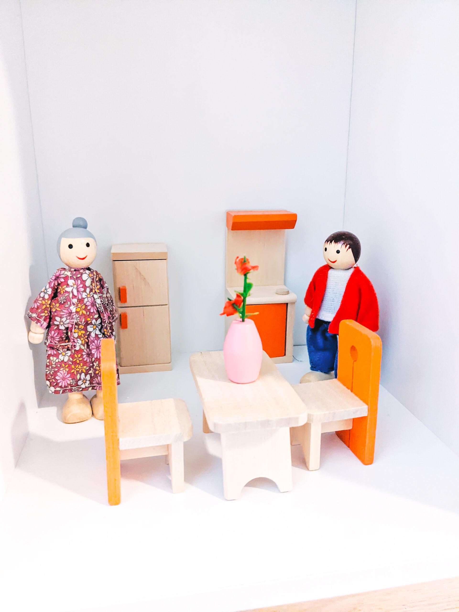 DIY Dollhouse Kitchen