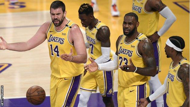 Reigning NBA champions, Los Angeles Lakers suffers shock first round play-offs defeat to Phoenix Suns