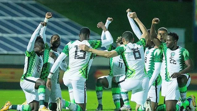 Super Eagles captain Ahmed Musa has rewarded his teammates 5million naira following their 2-1 win against Cape Verde in the 2022 FIFA World Cup qualifier yesterday. The money was from the 10million naira he was rewarded with for reaching 100 caps with the Eagles. The country's football governing body announced the gesture will be extended to other players who achieve such a milestone. Musa made his 100th appearance for the Eagles after he was included in the starting eleven against Cape Verde. The 28-year-old was later replaced by Henry Onyekuru in the 72nd minute. He made his debut with the Eagles in 2010 in a qualification match against Madagascar for the 2012 AFCON. He has represented Nigeria at two AFCONs (2013, 2019) and two FIFA World Cups (2014, 2018). Also, he was part of the Eagles squad that featured at the 2013 FIFA Confederations Cup in Brazil.