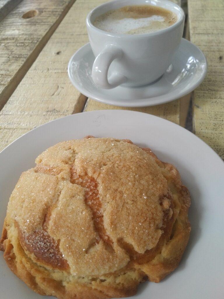 Semita y Café