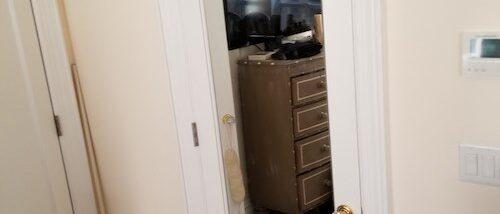 closet door glass replacement