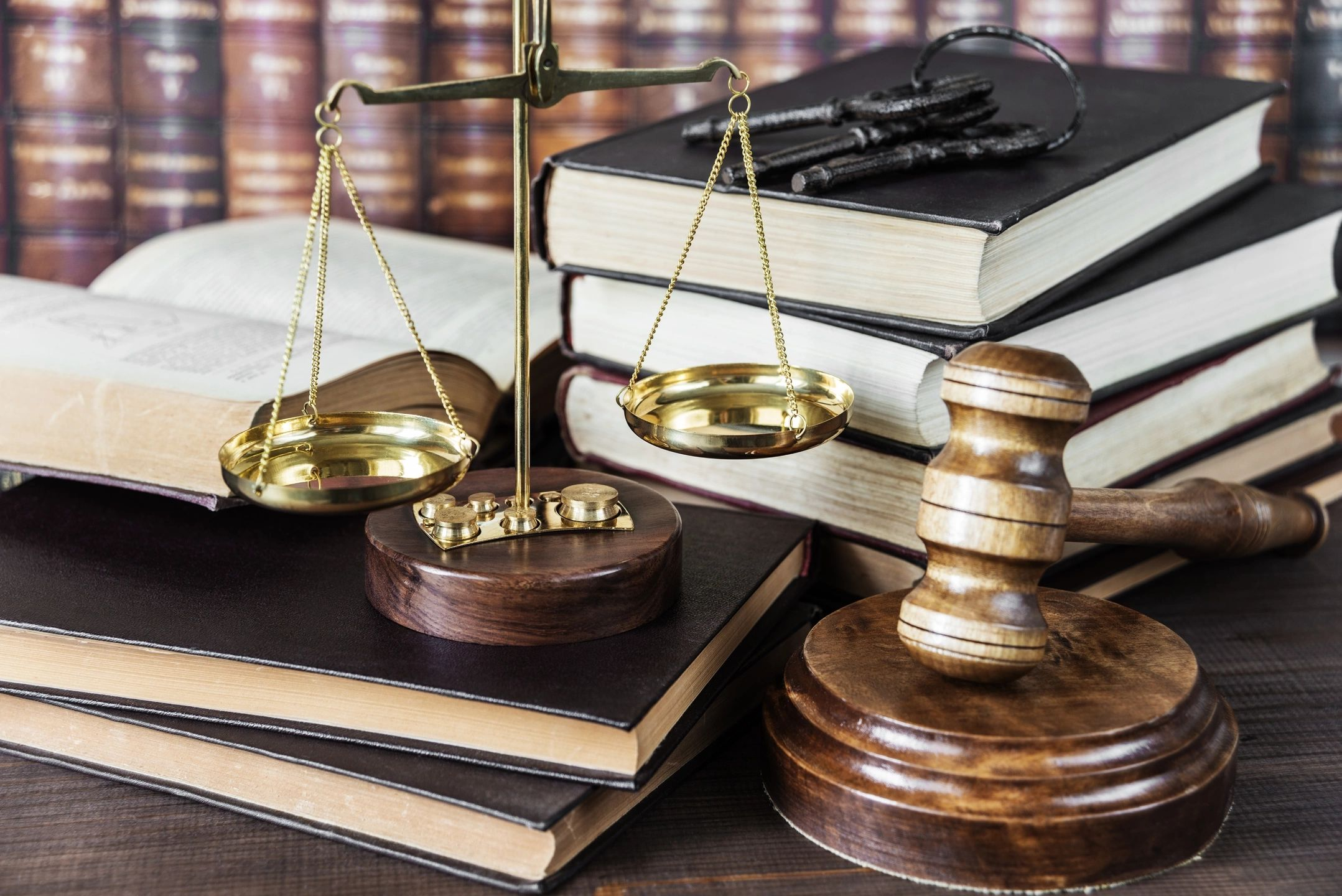 Scales, books, and gavel of a divorce attorney in San Jose, CA