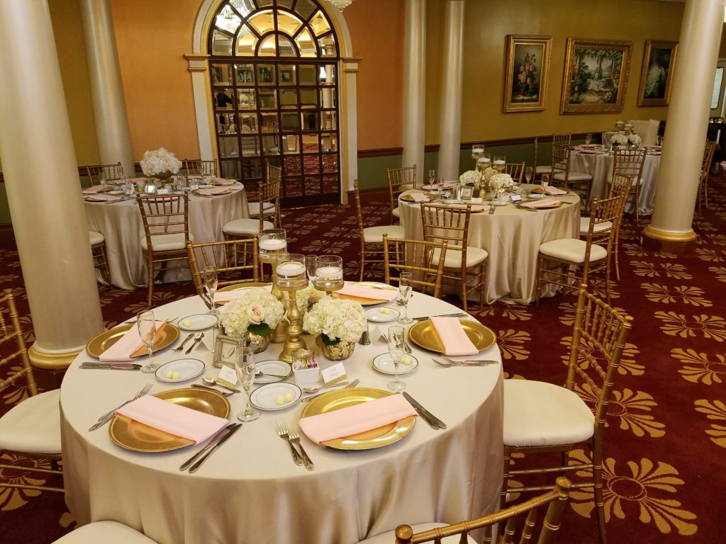 Ivory Majestic Tablecloths with Pink Napkins