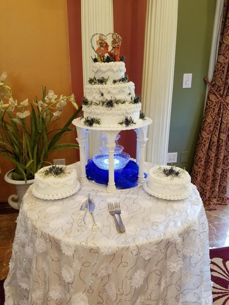 White Flower Sequin Tablecloth