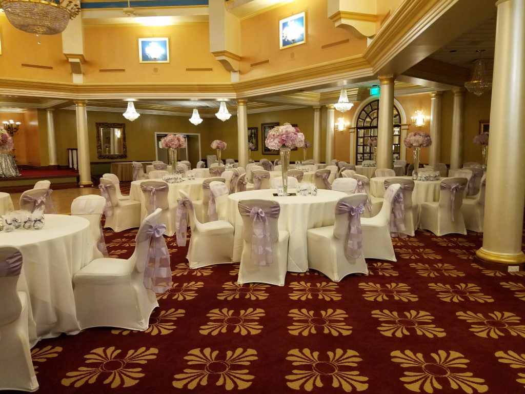 Lilac Eternity Stripe Sashes and Ivory Tablecloths