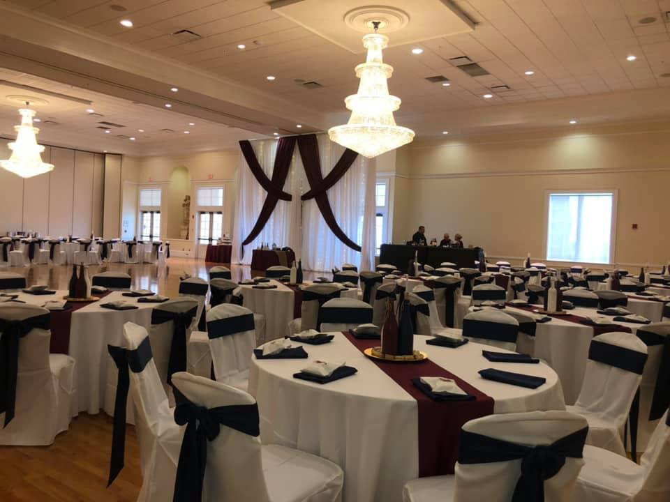 White Poly Tablecloths with Burgundy and Navy Poly Sashes, Napkins and Runner