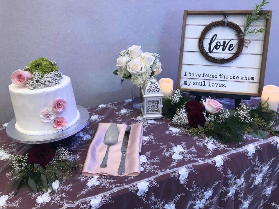 White Baby Rose Overlay w/ Burgundy Poly Tablecloth