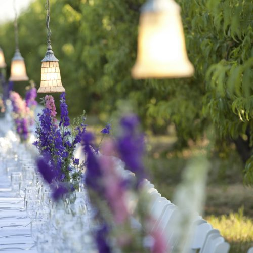 Table with larkspur