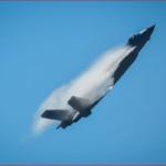 中国军队j20战机