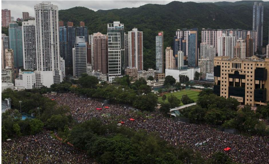 香港818抗暴政游行