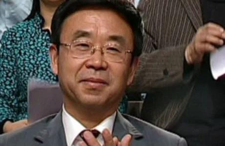 山东副省长黄胜贪污90亿美元巨款,包养46名情妇送46套豪宅