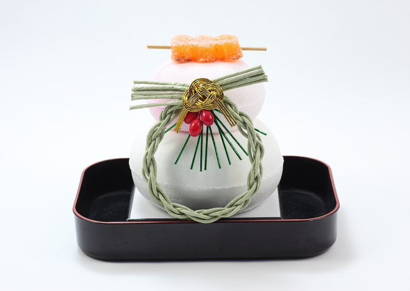kagami mochi cake is decorated in the New Year in Japan.