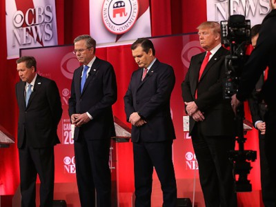 GREENVILLE, SC - FEBRUARY 13: Republican presidential candidates (L-R) Ohio Governor John Kasich, Jeb Bush, Sen. Ted Cruz (R-TX) and Donald Trump observe a moment of silence for U.S. Supreme Court Justice Antonin Scalia, who has passed away today, during a CBS News GOP Debate February 13, 2016 at the Peace Center in Greenville, South Carolina. Residents of South Carolina will vote for the Republican candidate at the primary on February 20. (Photo by Spencer Platt/Getty Images)