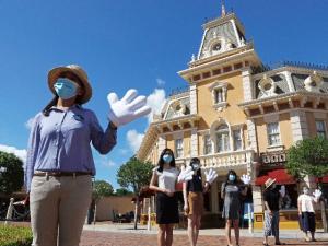 Disney Mandates Vaccines for U.S. Employees