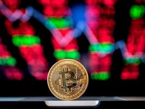 Pat Toomey: Cryptocurrency Tax in Democrat Infrastructure Bill 'Unworkable'