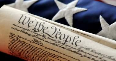 New Marijuana Policy Triggers Bipartisan Love for 10th Amendment