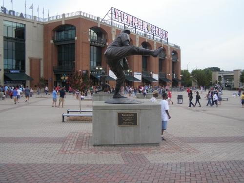 Turner Field Warren Spahn statue