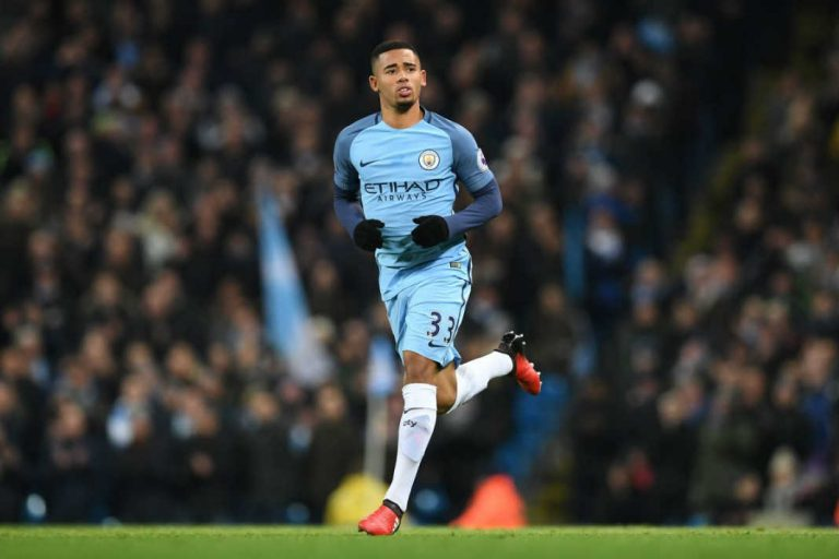 Manchester City Continues to Steamroll Towards Title Glory