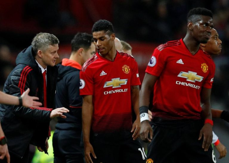 3 Reasons Why Manchester United Must Spend Big This January