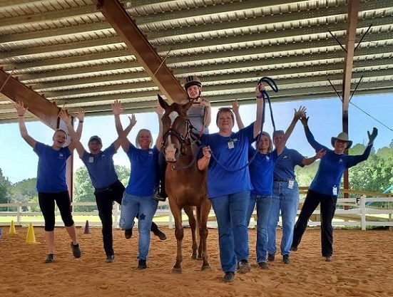 Volunteer Group with Kelly+Cherokee (rev2)