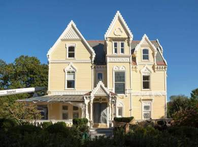 gothic-revival-exterior-painting-a