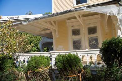 gothic-revival-exterior-painting-b