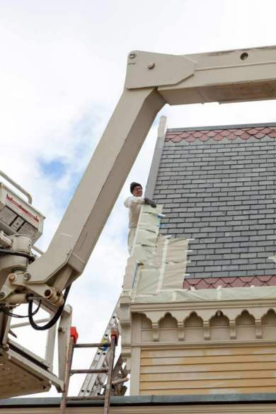 gothic-revival-exterior-painting-l
