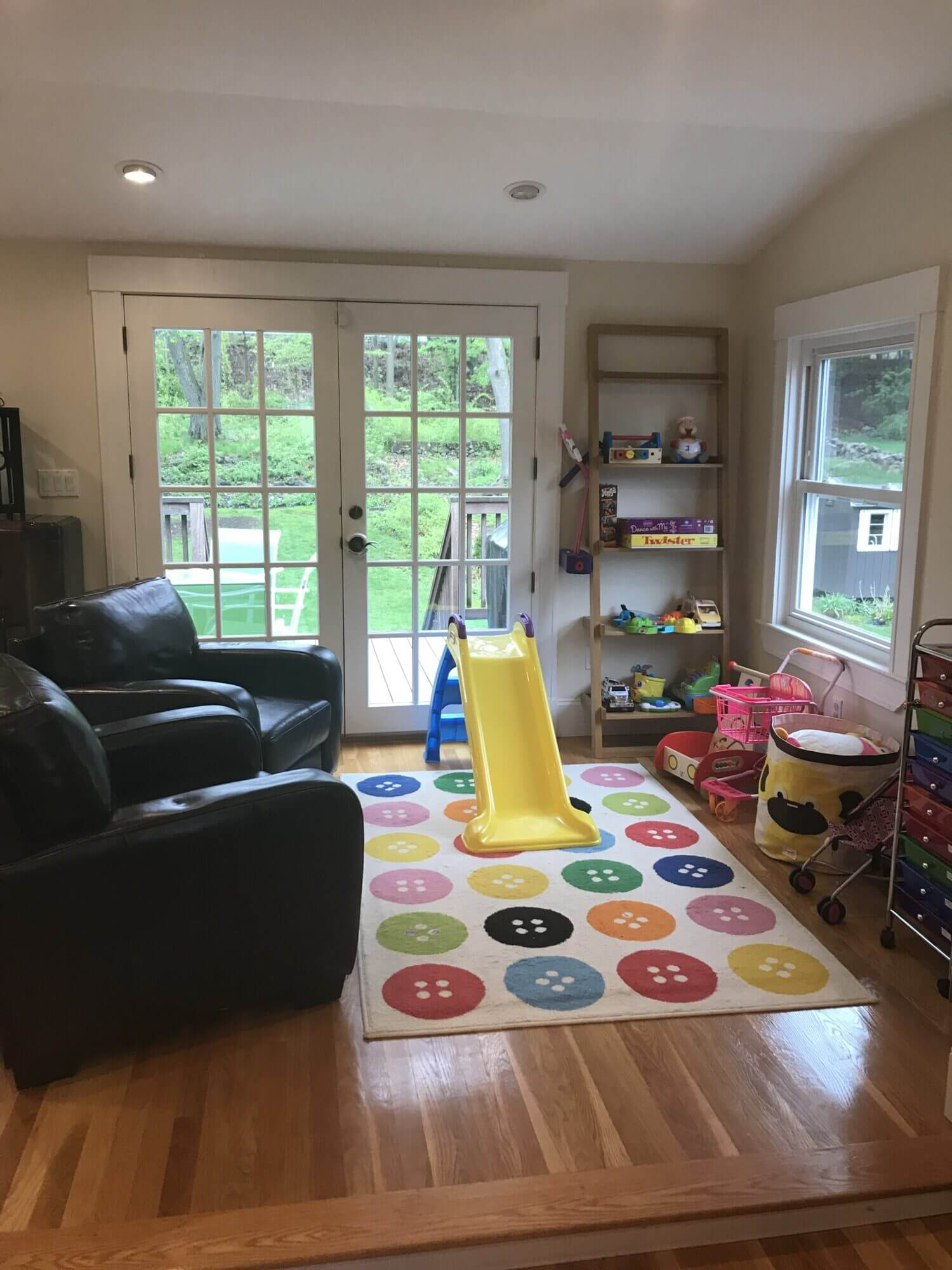 Clean and organized play area
