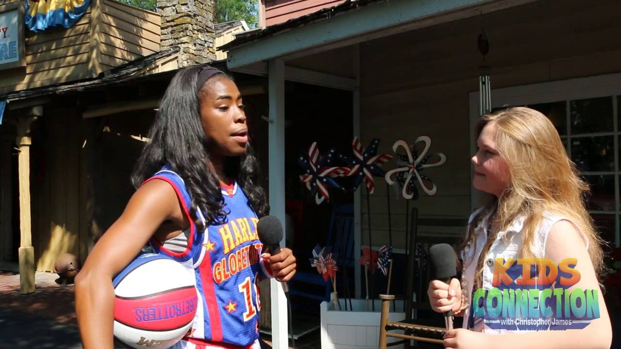 Harlem Globetrotter TNT talks with Kids Connection from Silver Dollar City (2016)