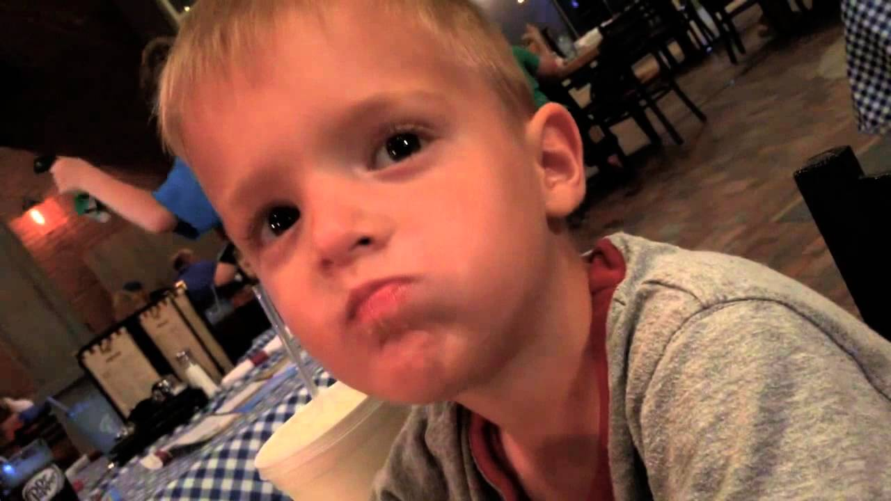 Pasghetti's in Branson with the Funny Hyper Magic Kids
