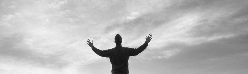 ``Demos siempre la gloria a Dios``