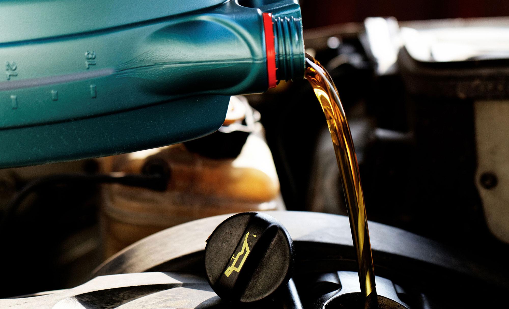 Motor Oil Mobile Auto Service