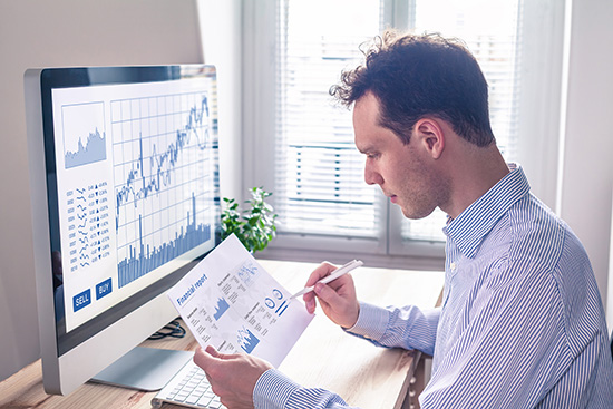 Dividend Stocks vs. Buyback Stocks: Choosing The Right Investment For You