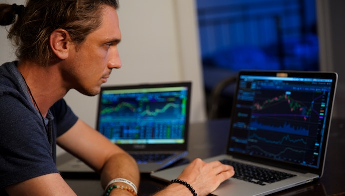 Trading apps enabling sophisticated buy-sell of financial products: a boon or a bane?