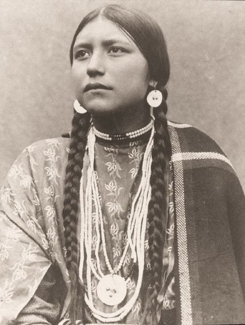 """PHOTO SOURCE: """"Skywise Unlimited; American Indian moons, Lakota"""": http://www.wwu.edu/skywise/indianmoons.html"""