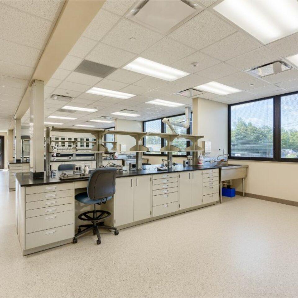 Lab Casework (11)