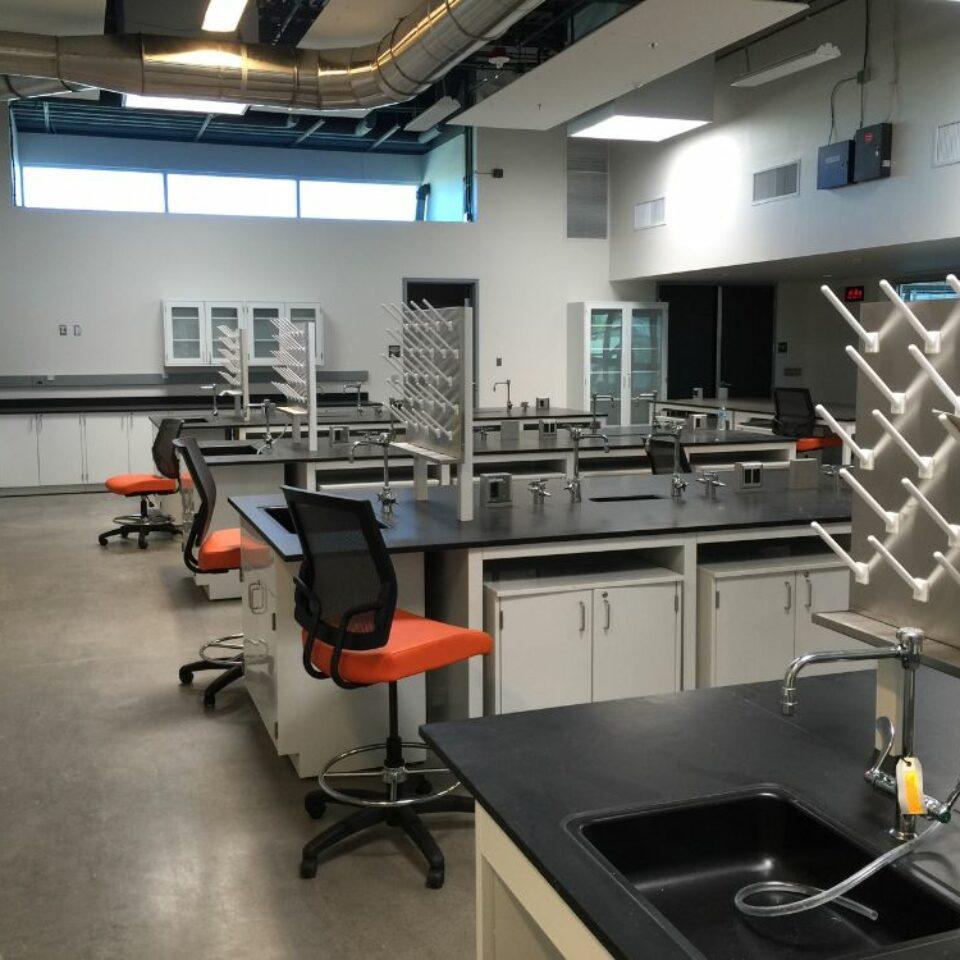 Lab Casework (17)